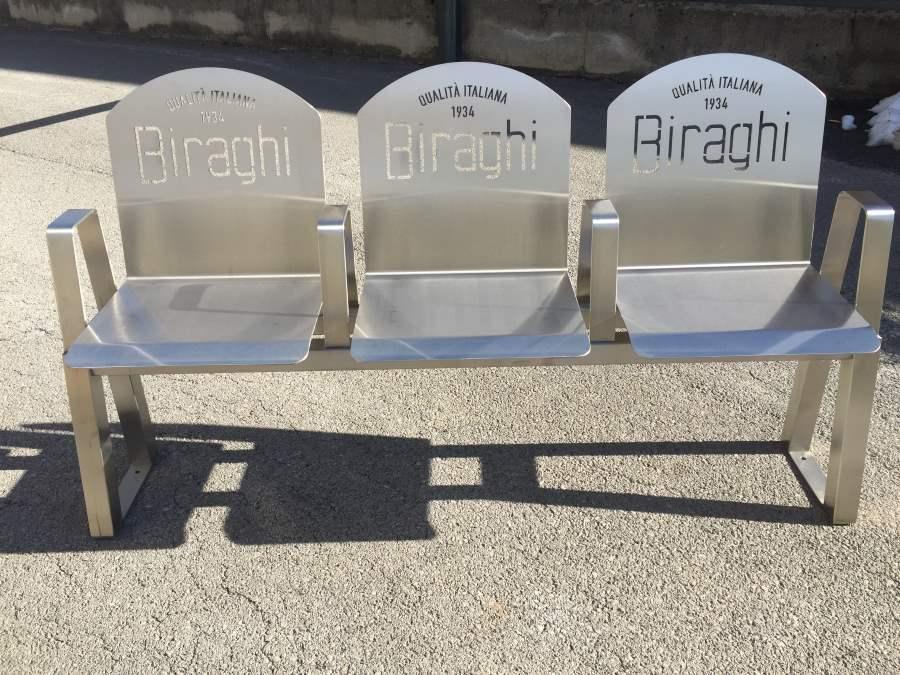 Panchina a 3 sedute personalizzata