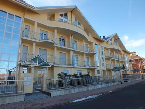 balconi-pensilina-acciaio-000-03